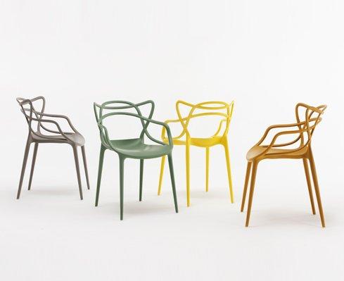 Philippe Starck ha intrecciato e unito tre tra le loro più celebri sedie: