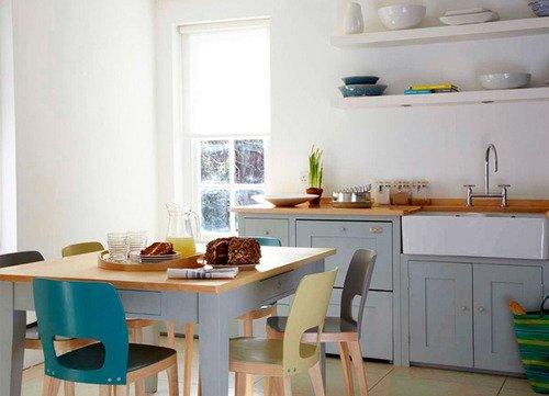 design nordico, stesso modello in diversi colori..