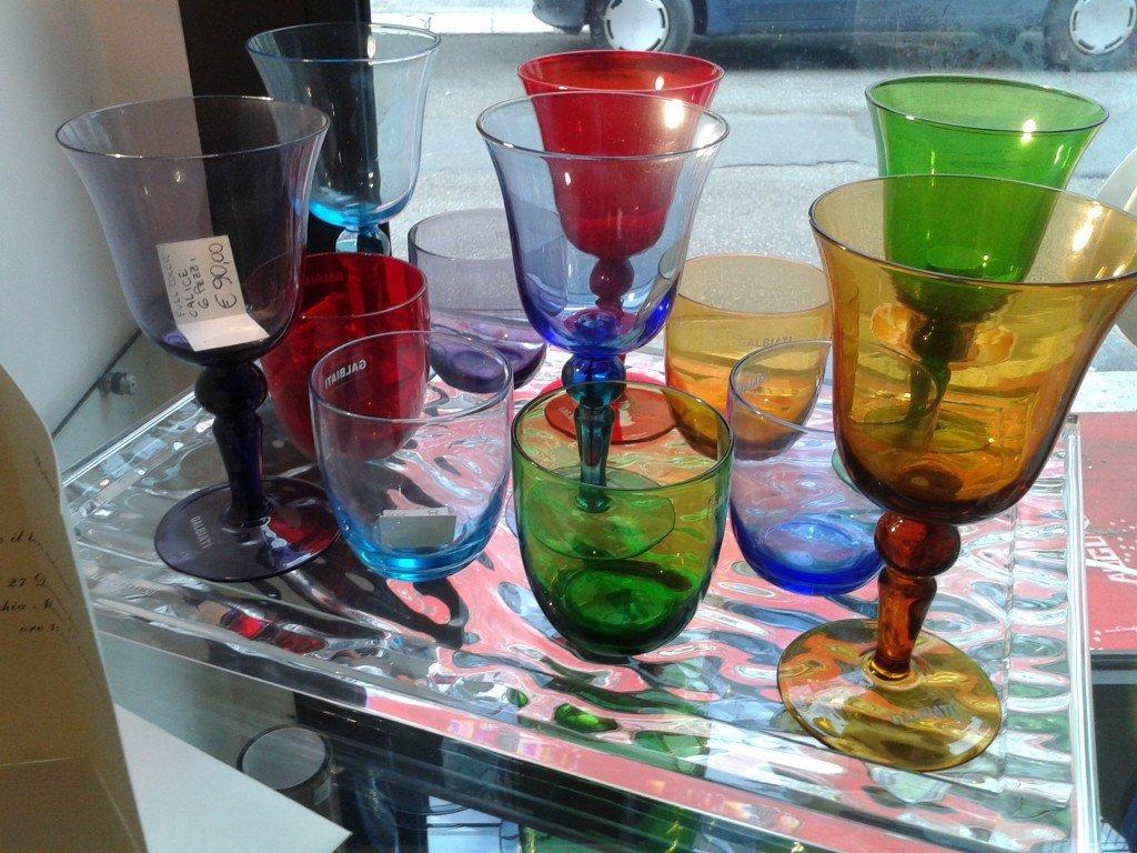 Coloratissimi bicchieri in vetro, Galbiati.