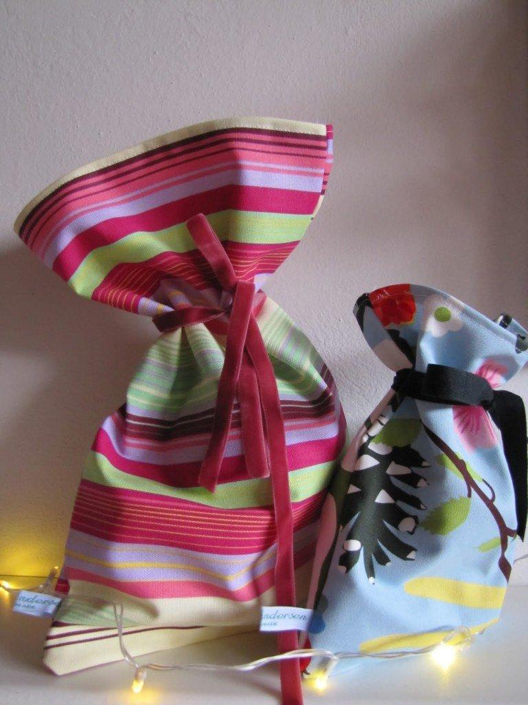 Semplici sacchetti di stoffe colorate, per contenere il pane, i giocattoli dei bimbi, per impacchettarci dei regali..