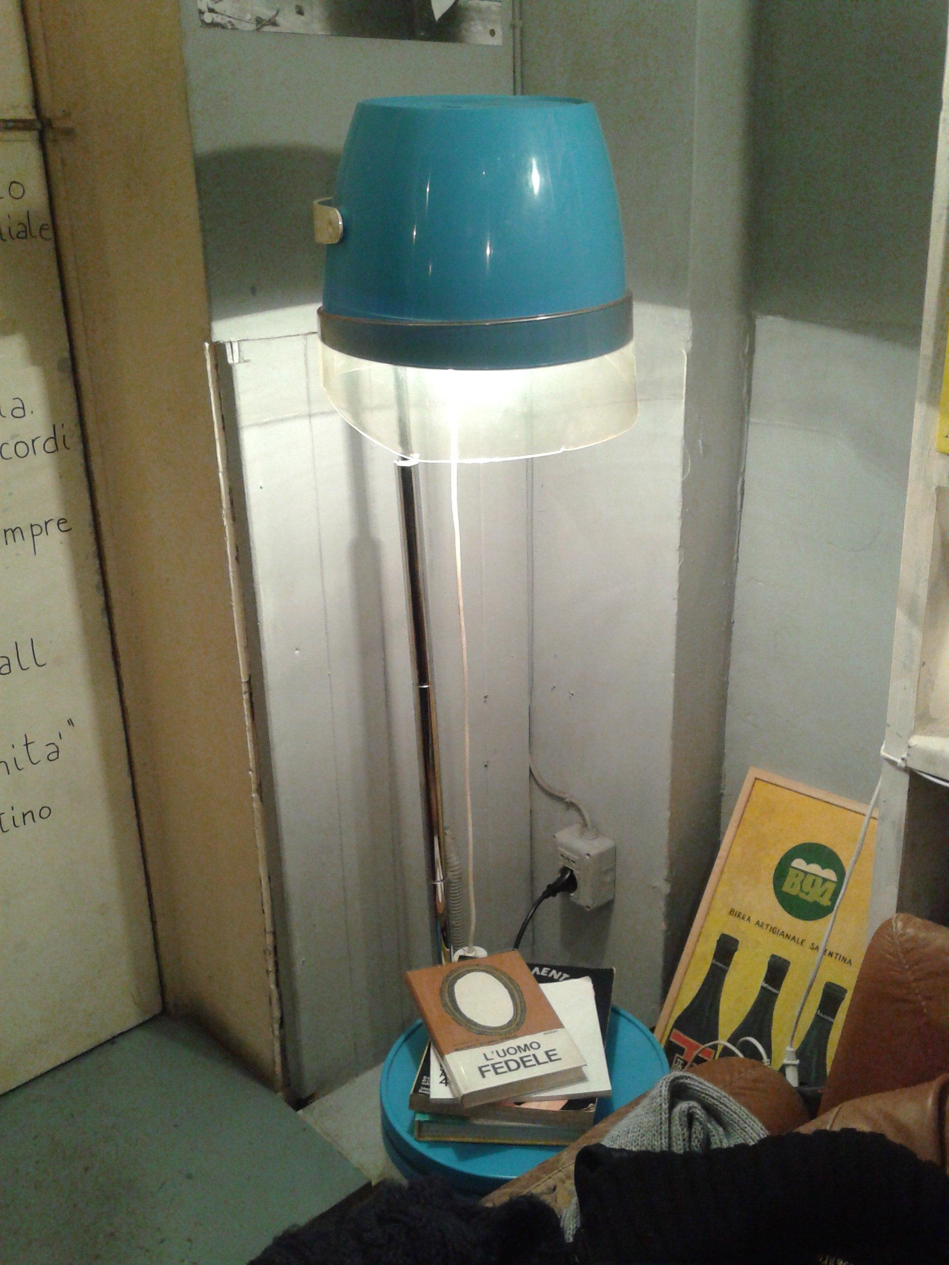 lampada casco