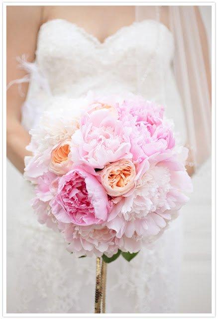 Una cosa che rimane sempre un punto fermo però è il bouquet di peonie… così è stato il mio e così lo rivorrei!