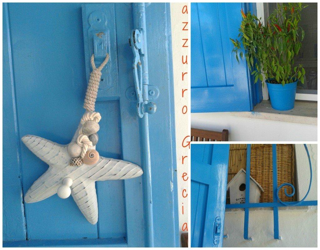 """Porte e finestre in legno dipinte con il classico """"azzurro Grecia""""."""