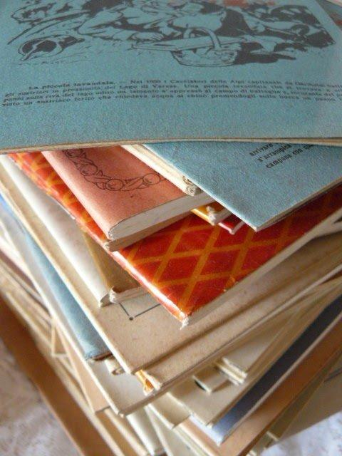 1) Tre quaderni primi '900, da sfoggiare nella libreria portoghese, per scriverci appunti e ricette.