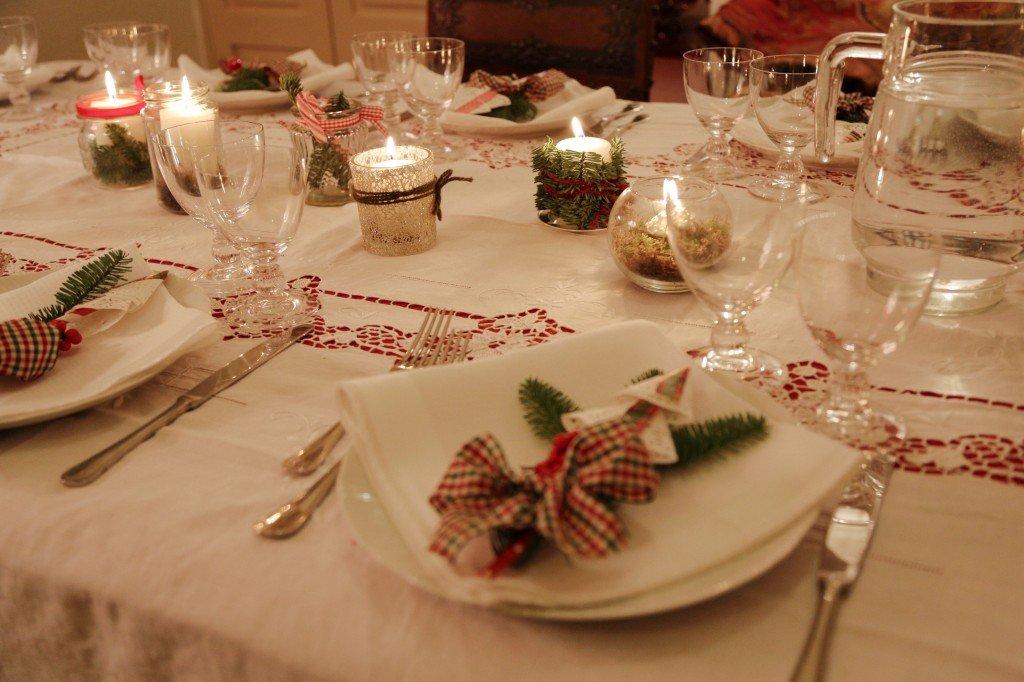 apparecchiare la tavola delle feste