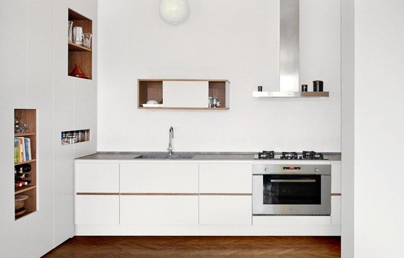 Piano di lavoro cucina in vetro trova le migliori idee per mobili e interni di design for Piano cucina in cemento