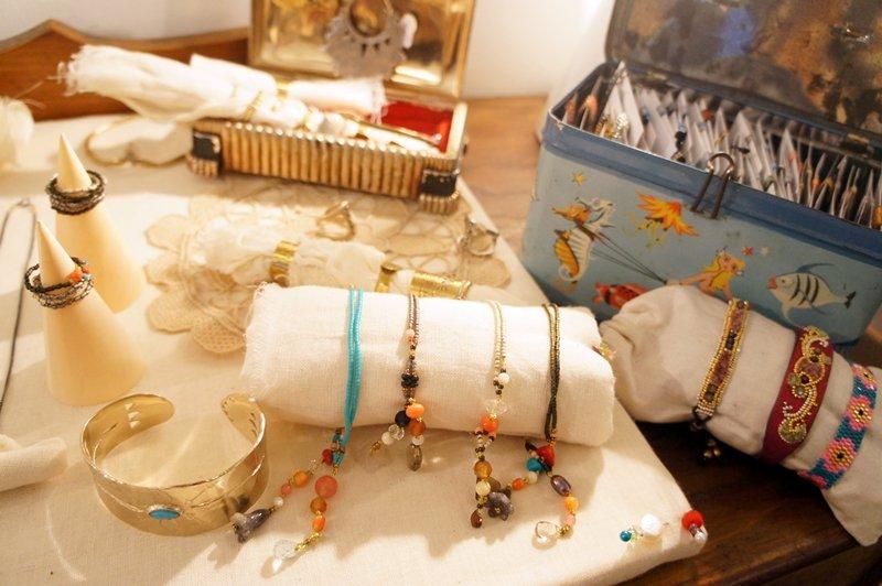 gioielli etnici online