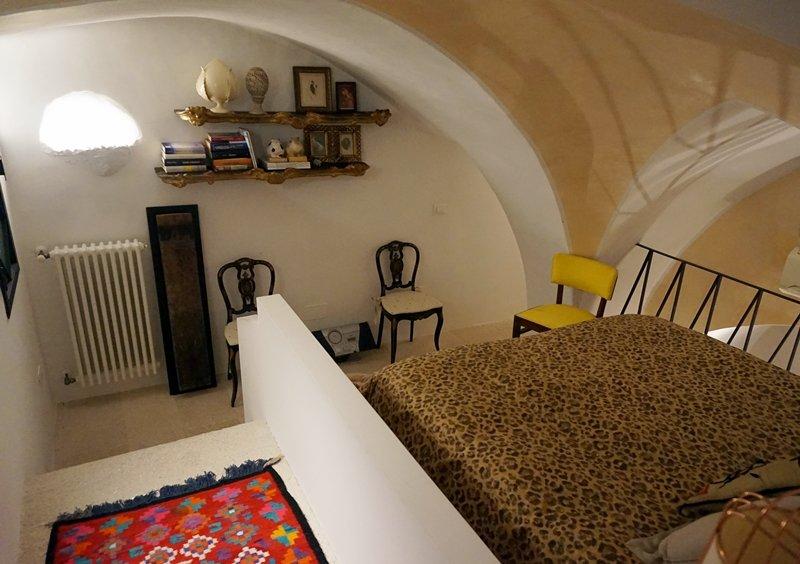 camera da letto piccolissima