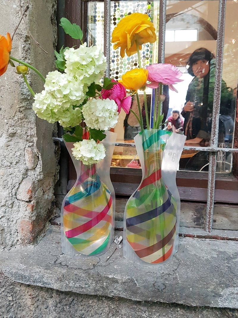 D-BROS vases