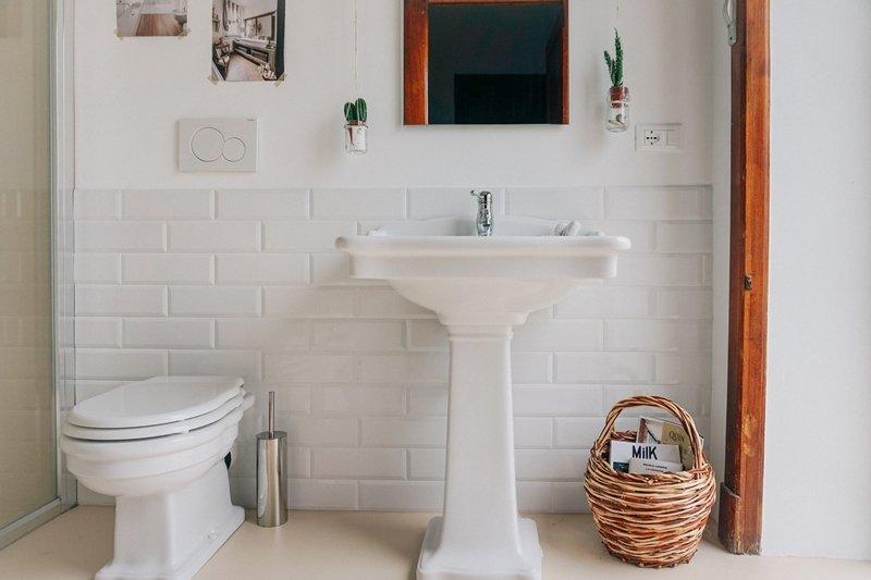Molto progetto di un moderno bagno rétro - A Casa di Ro PY96