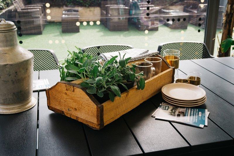tavola green vintage