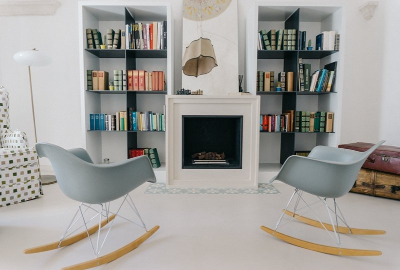 sedia dondolo Eames