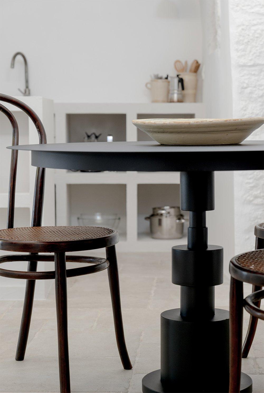 tavolo in ferro nero